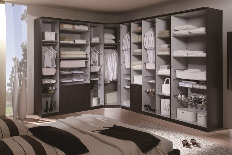 Master Bedroom Wardrobe -WALK-IN CLOSET  36