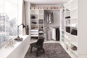 Wardrobe Units-WALK-IN CLOSET  43