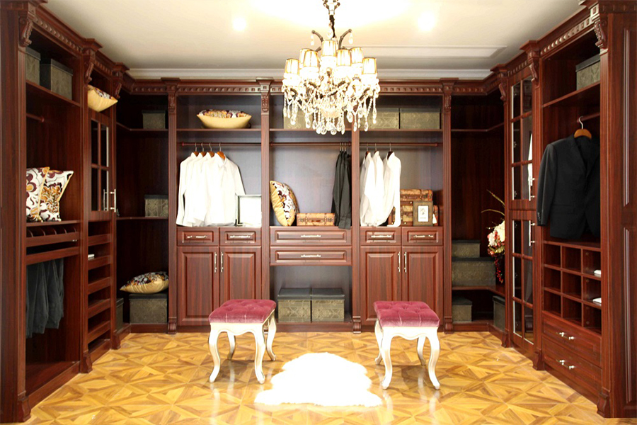 Solid Wood Bedroom Furniture - Walkin Closet 9