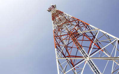 GSM ANTENNA SUPPORTING COMMUNICATION STEEL TOWER