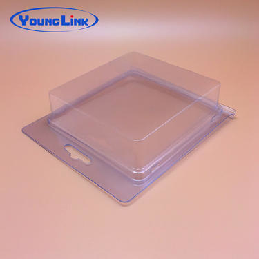 Blister plastic clamshell packaging