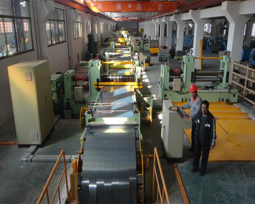 Automatic recoiler afer steel coil uncoil line