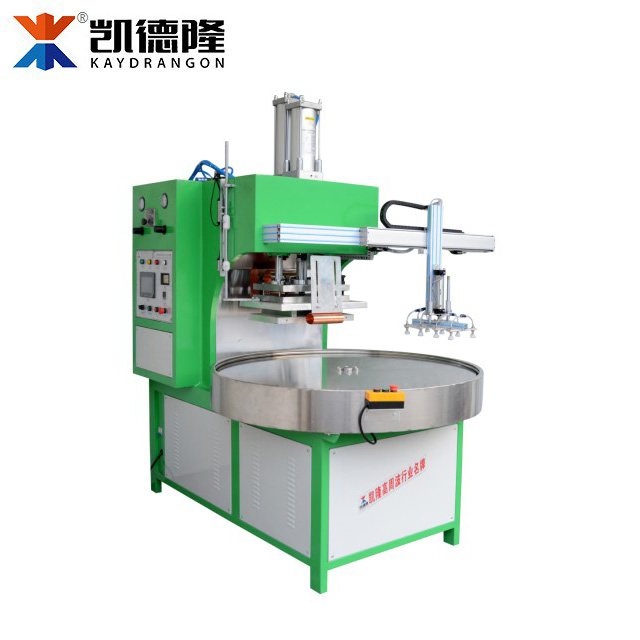 Automatic 4 Position Blister Packaging Equipment With Robot Hand