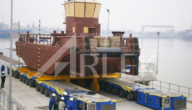 A 28 axle lines SPMT exported to Vietnam was transporting a ship body