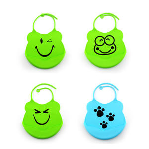Cute Customized OEM Silicone Bib Healthier And Safer