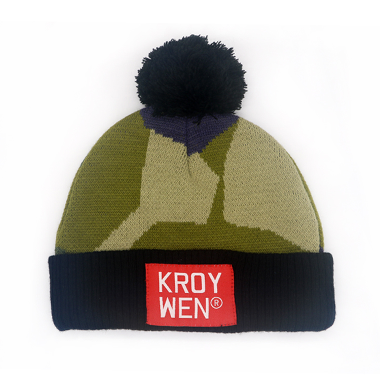 Wholesale Woven Label Embroidery Beanie Hat With Fuzzy Ball