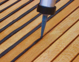 Teak Decking Joint Filling