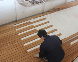 Teak Decking Glue in fixed