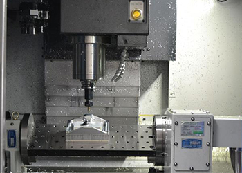 Technologie de traitement d'usinage CNC