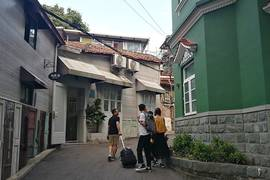 Pleasure Trip—— Holidays in Gulangyu, Xiamen