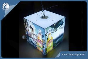 Acrylique intérieure Forme LED Signs Light Box Cube