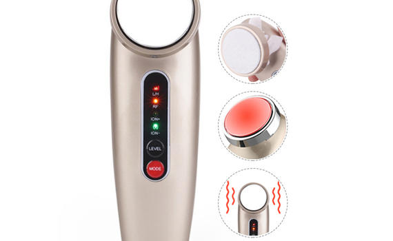Skin cleaning by ultrasonic skin scrubber