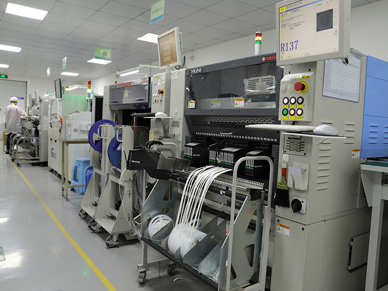 Yamaha SMT Assembly system