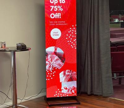SIGNIC Newest all-in-one Smart LED Poster for Advertising