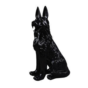 Customized fiberglass dog mannequin black animal manikin for window display
