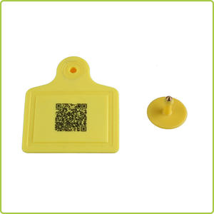 ultrahigh-frequency (UHF) RFID tag for cattle tracking