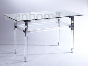 Modern Dinning Table With Silver