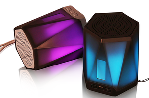 Wireless Bluetooth Speaker Light Colorful Light Outdoor Portable Subwoofer Bluetooth 4.2 Creative Mini Speaker