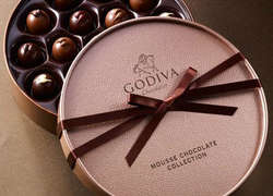 Luxury Round Chocolate Gift Box