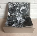 collapsible gift box