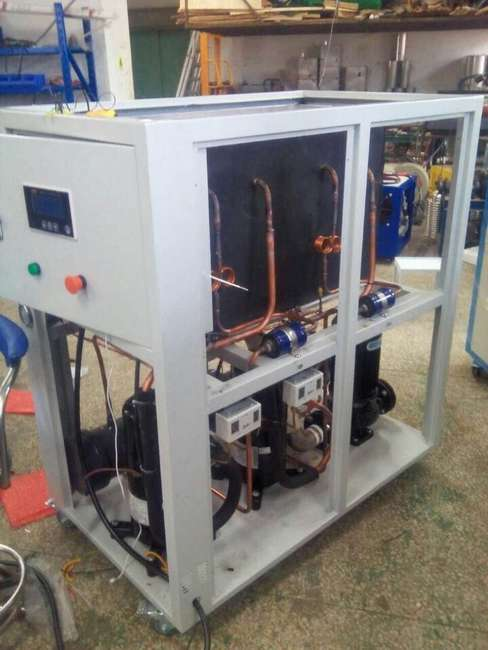 Water to water cooled chiller