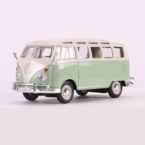 Simulation alloy car model 1972 Volkswagen bus Volkswagen van model