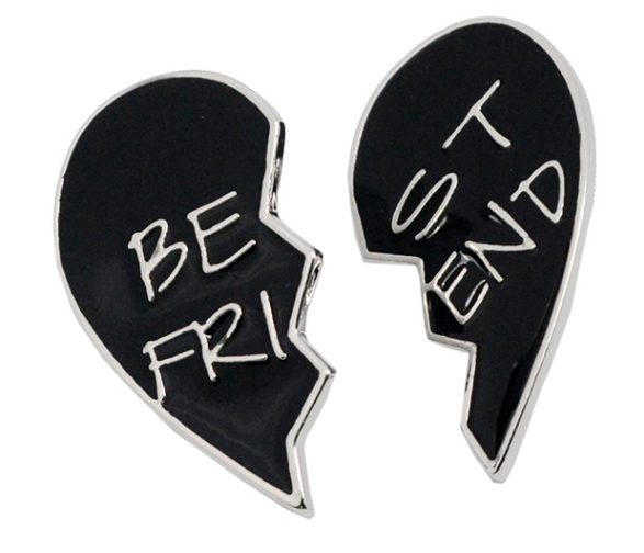 Hot sale fashion enamel broken heart couples pins (cute enamel pins)
