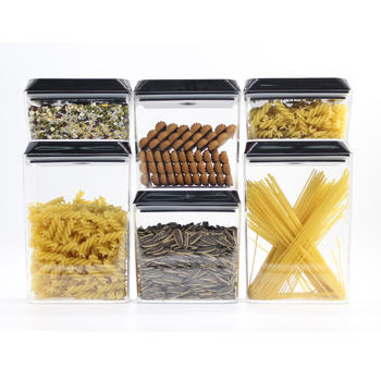 Plastic Airtight Food Storage Container mit verschlossenen Deckel itemprop =