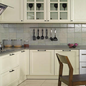 Custom white kitchen cabinets design