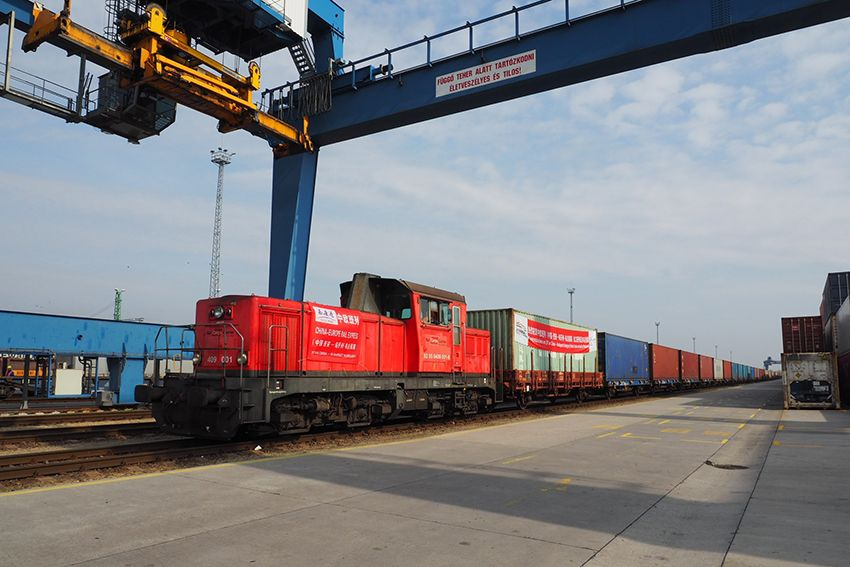 Cargo train/freight train/rail freight from China to Prague, Czech Republic via Turkey