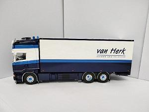 TEKNO HERK BLUMEN EN PFLANZEN 1/50 SCANLA TRACTOR WITH TRAILER MODEL