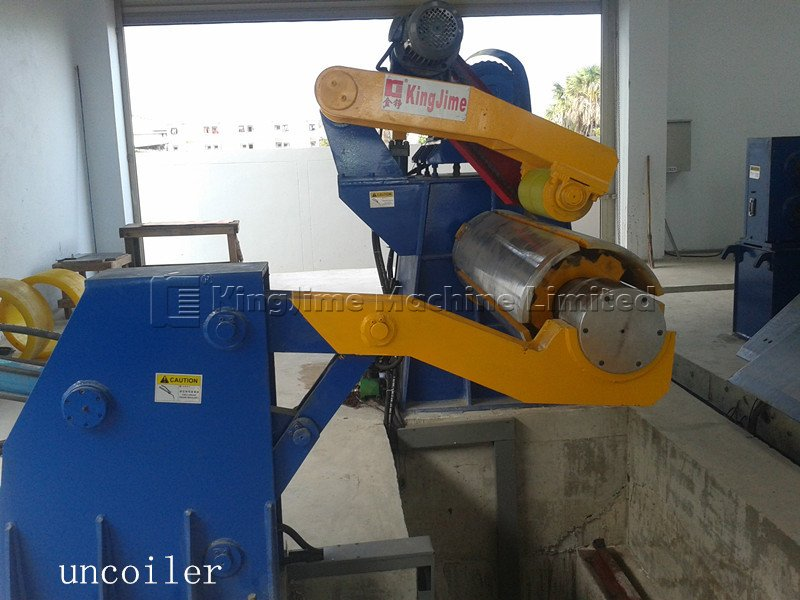Decoiler working in steel coil cutting line or slitting line