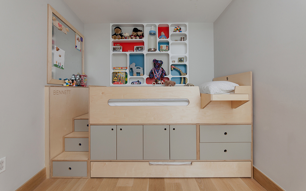 Child bed with storage and wardrobe