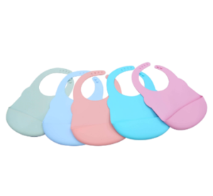wholesale OEM Customized soft silicone baby bibs making manufacturer