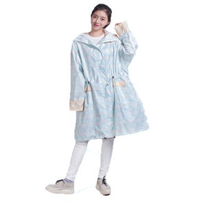 PU reusableOutdoor Raincoat Women Rain Poncho high quality China
