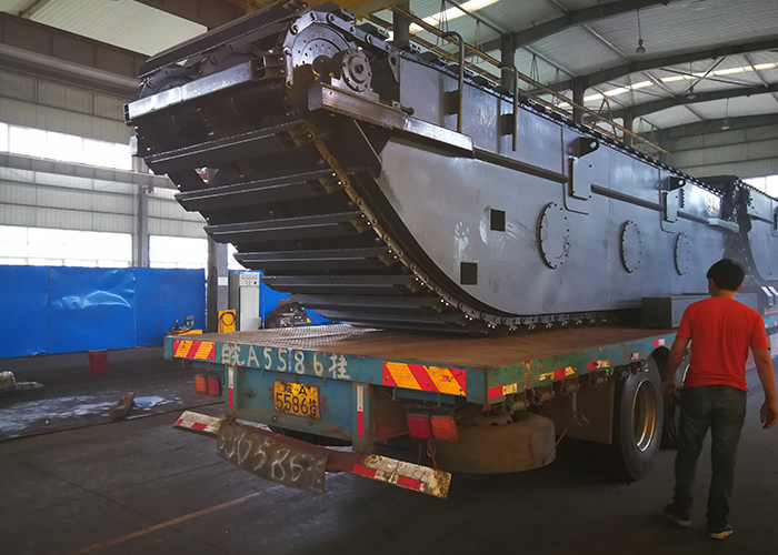 Amphibious Undercarriage Extendable and retracted for sale