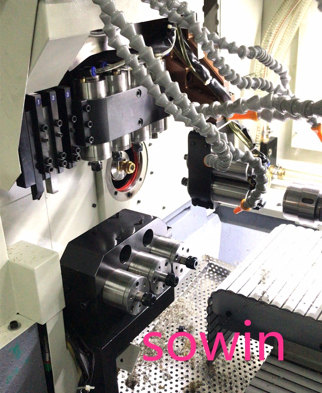 CNC Swiss type lathe for the jewelry industry 2