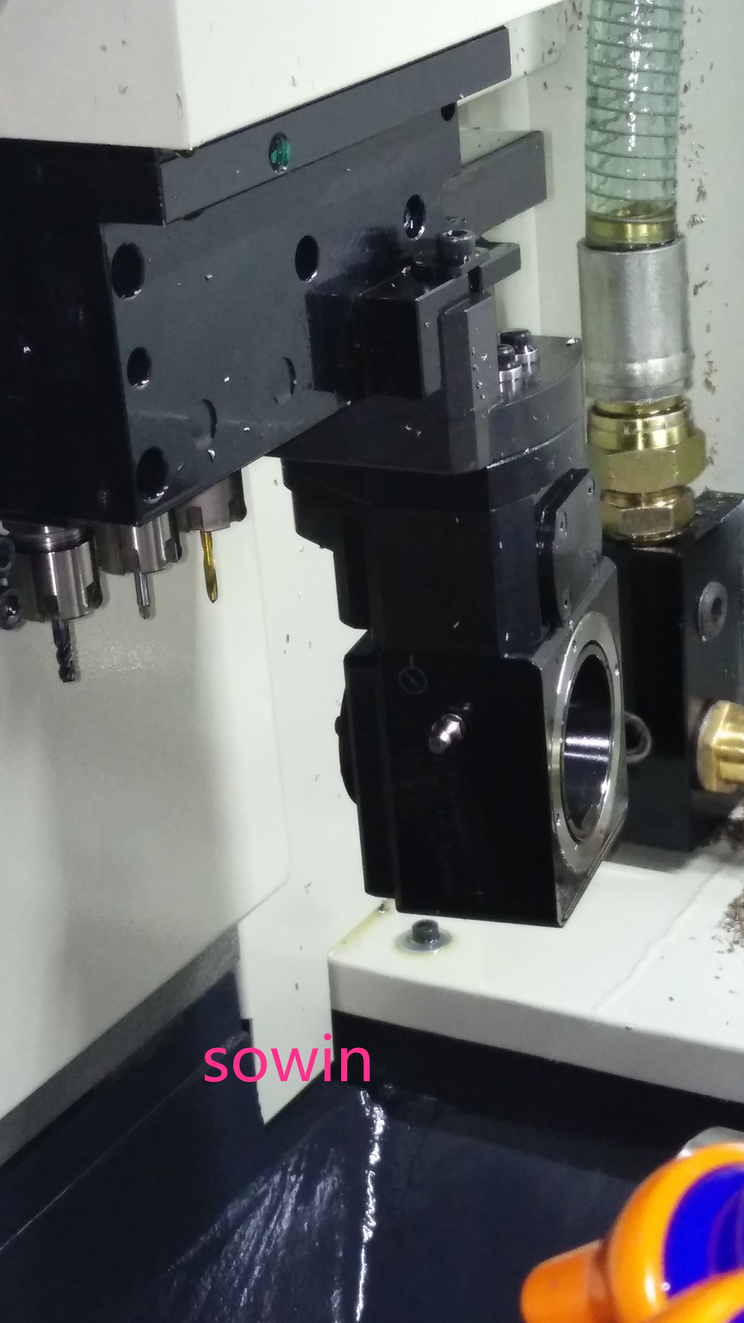 Customized CNC Swiss type lathe with thread whirling unit