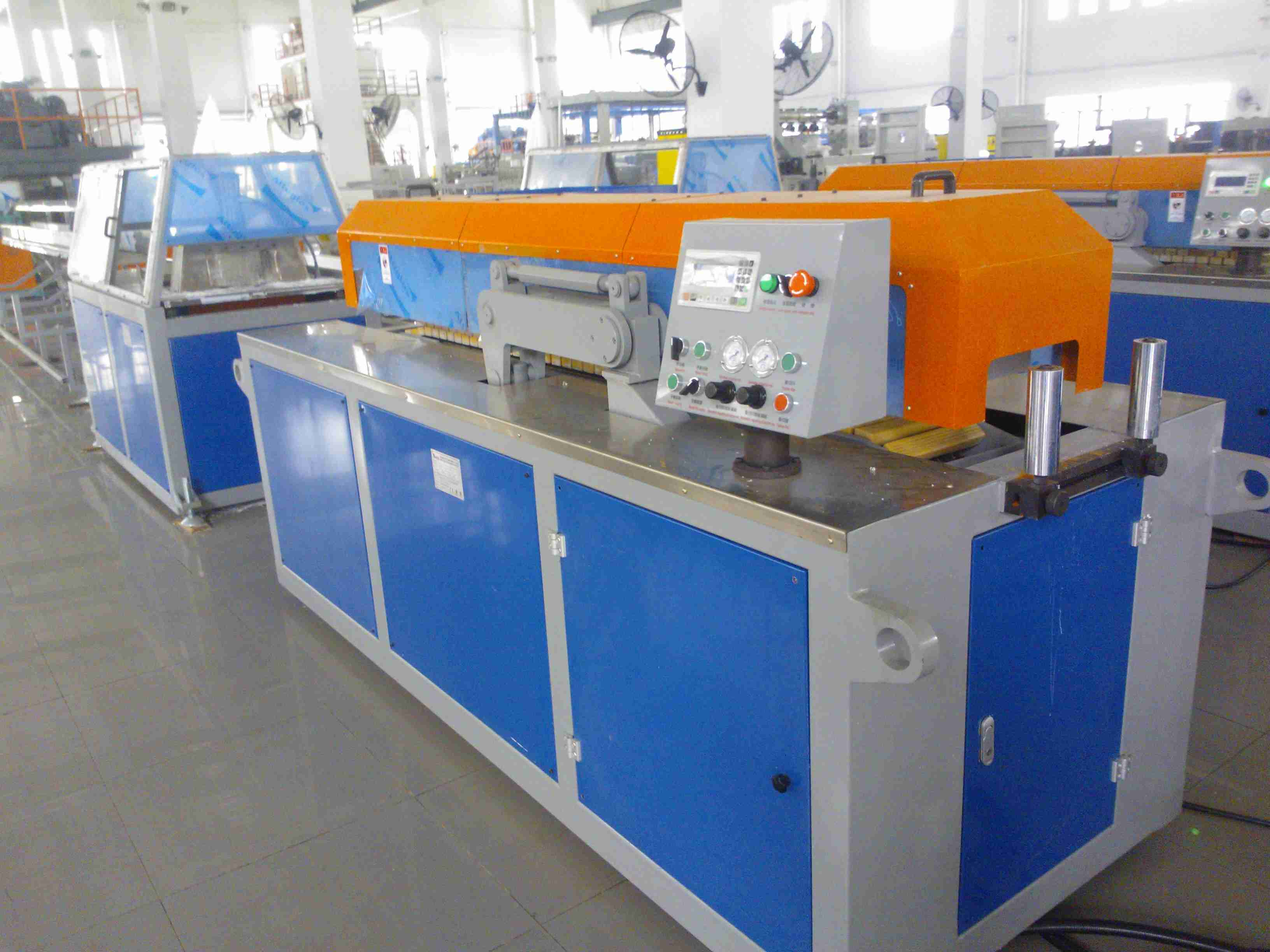 high quality rigid PVC profile PVC window frame making machine