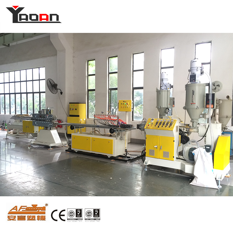Principle of use of single screw profile extruder