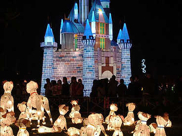 The lantern light festival- Fairy tale series- dogs and the castle