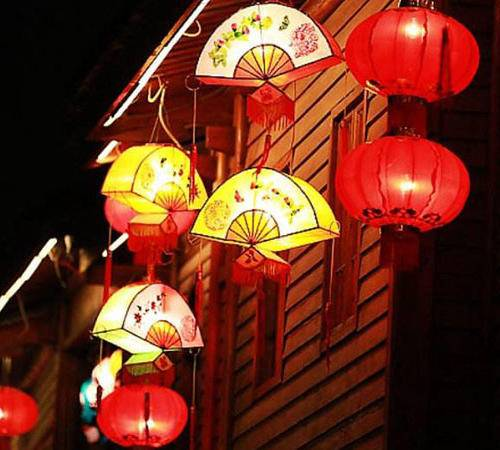 The life of lantern festival lanterns depends on the material