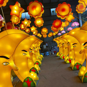 chinese lantern lights outdoor-The moon corridor.