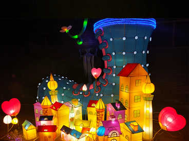 chinese lantern art and craft-Fairy Tale town in shoes
