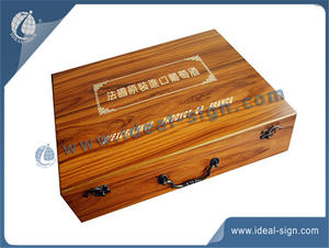 Wholesale custom made classical style pine wooden boxes for wine gift packing wholesale