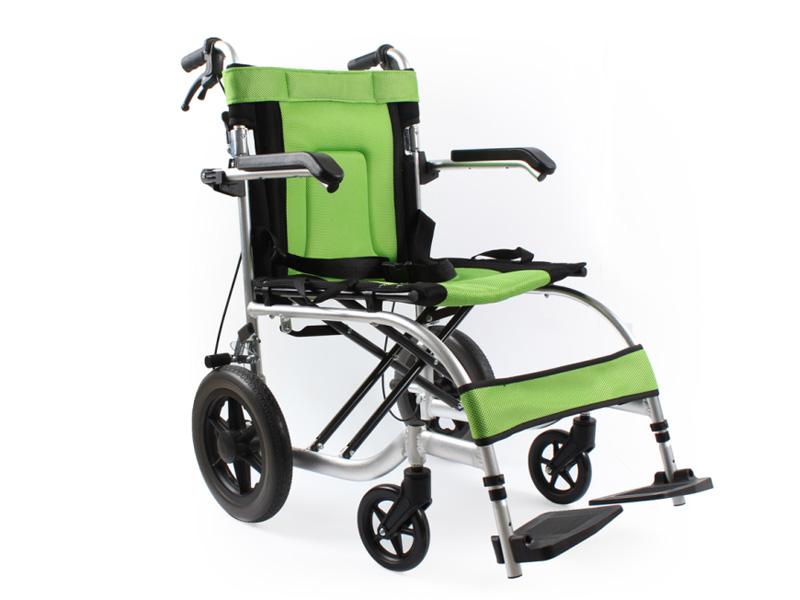 Folding portable aluminium manual wheelchair AGAL001