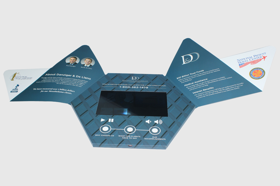Special shape double open magnetic control 7inch lcd video brochure