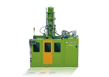 Vertical injection moulding machine for rubber