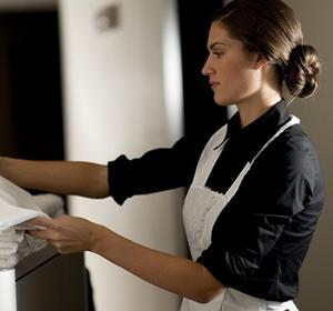 Should Hoteliers Rent Or Own Hotel Linens?