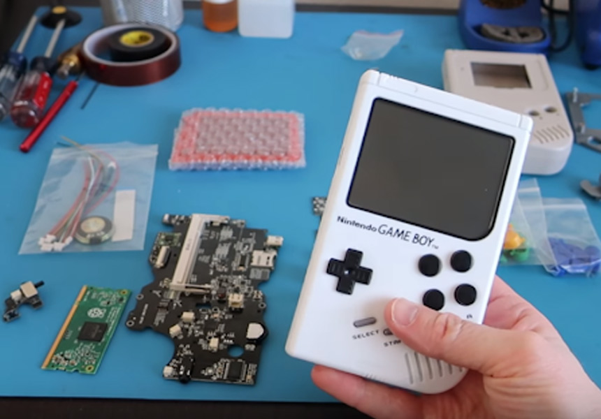 Gameboys in Production, by Makerfabs